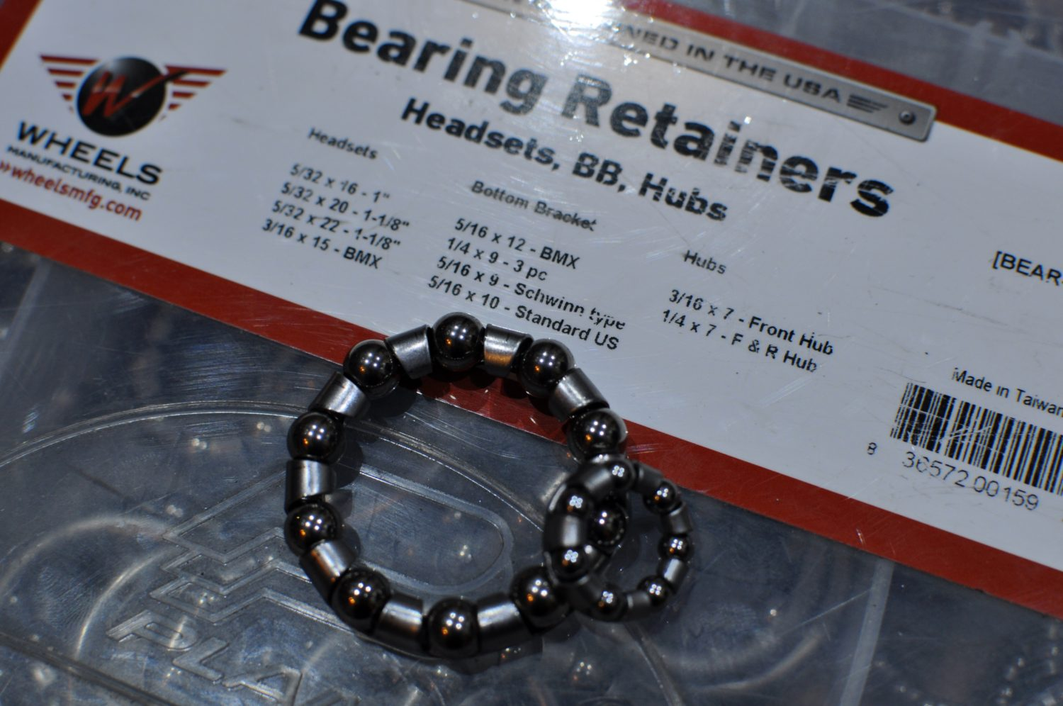 Look!! Bearing Retainers / ボールはトモダチ